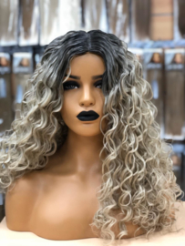 Synthetische Wig Roots /Ash Blonde Curly- Leona
