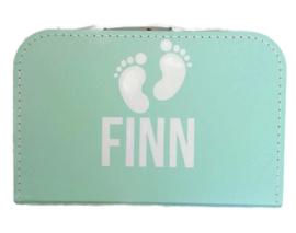 Babyvoetjes - Kinderkoffer met naam
