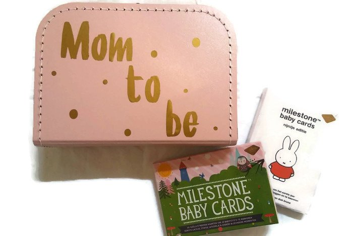 Cadeauset- Koffertje 'Mom to be' & Milestone Cards