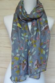 sjaal grijs, met roodborstjes en koolmeesjes