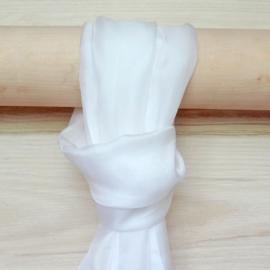 zijden sjaal wit
