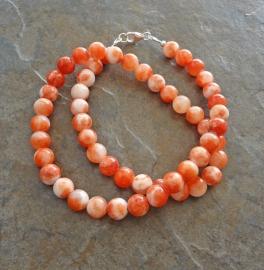 Ketting van oranje jade