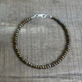 Armband van Tsjechische glaskralen bruin