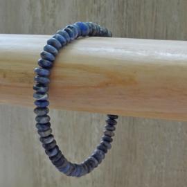 armband van sodaliet rondellen
