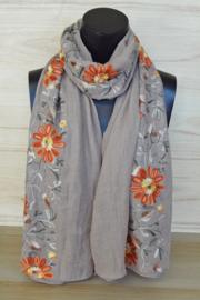 sjaal beige met bloemenrand