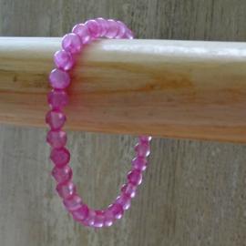 armband van roze gekleurde jade