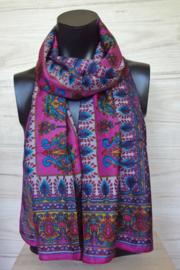 zijden sjaal roze met bloem en bladmotieven