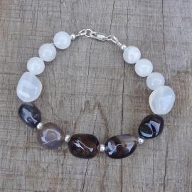 Armband van onyx en witte rutielkwarts
