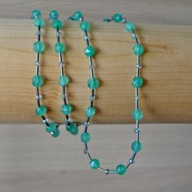 ketting van zeegroene Burmese jade