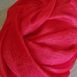 sjaal in helder rood