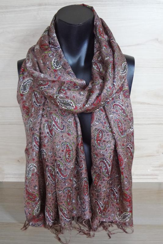 sjaal roodbruin met paisleyprint
