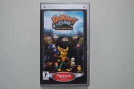 PSP Ratchet & Clank Size Matters (Platinum)