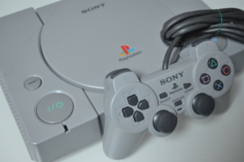 Playstation 1 Console + Sony Dualshock Controller