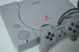 Playstation 1 Console + Sony Controller