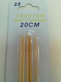 Sokkennaalden 20 cm 2,5 mm