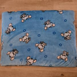 Hondenkussen / Vetbed Wellness Fleece Blauw  met Muisjes 105 x 70 cm- IN VOORRAAD