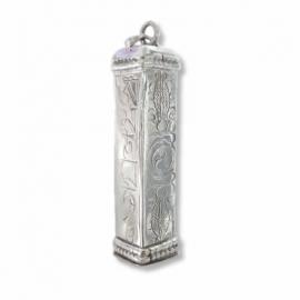 Vierkant zilveren gebedsdoosje