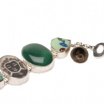Groene onyx in de lucky Buddha armband van A Beautiful Story