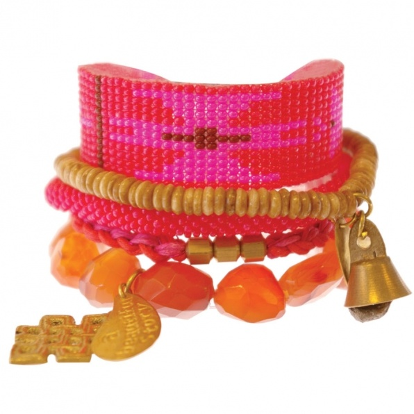 rose oranje armbanden uit Nepal