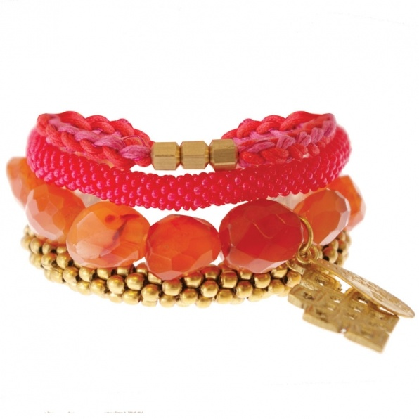 oranje armbanden A Beautiful Story