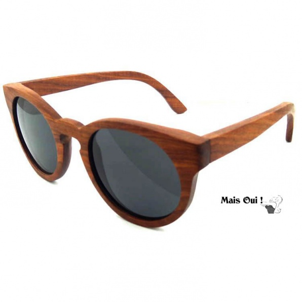 Houten zonnebril rood sandelhout van Mais Oui !