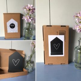 zwart huisje I hartje (forex) + houten standaard