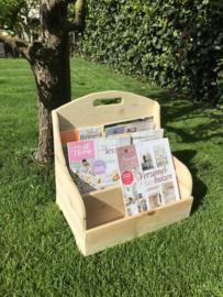Houten magazine/krantenbak