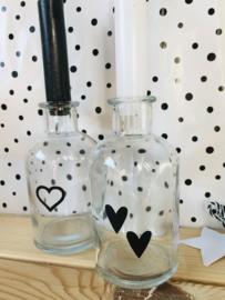 Glazen fles/kandelaar met kaars
