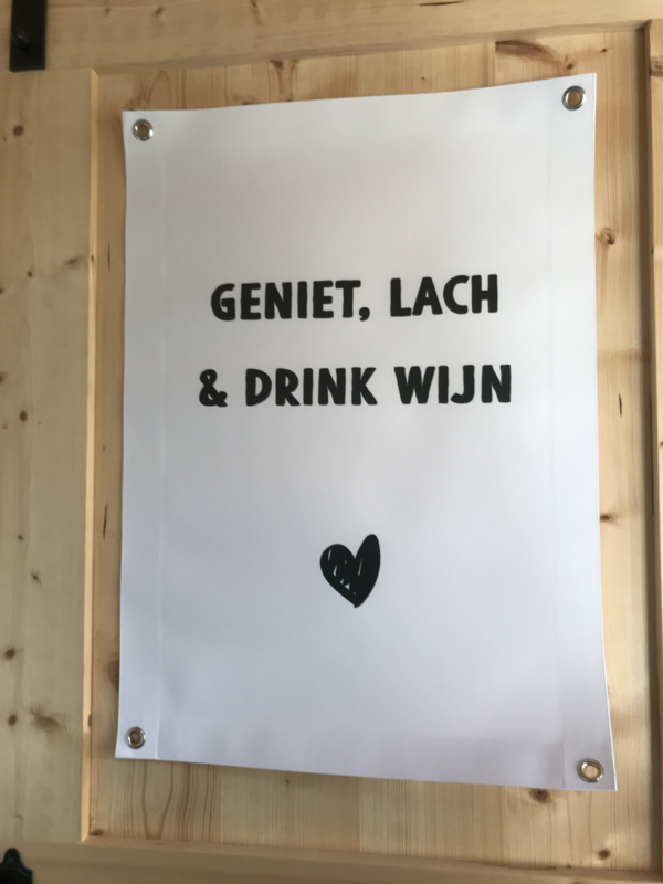 Tuinposter I GENIET, LACH & DRINK WIJN