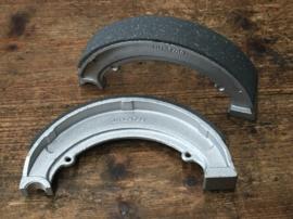 BSA remschoenen set 7 inch ,65-5940,65-5941, 65-5901,37-2327,42-5876