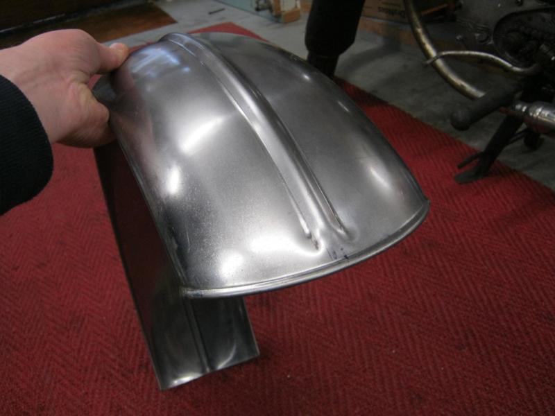 160 mm hardtail achterspatbord met rib, RFS160 1000 RIB
