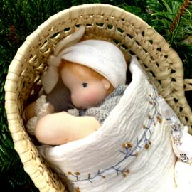 Petite Bébé, 30 cm tall - Caramel