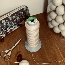 Strong binding thread - cone 250 meters