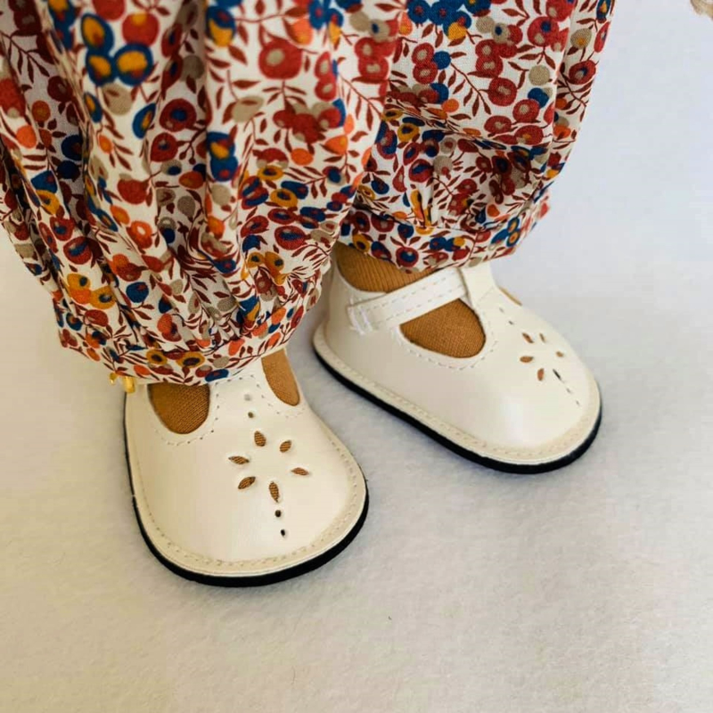 Doll shoes byAstrup  - Mary Janes cream - two sizes
