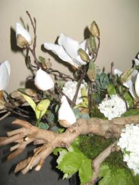 """Bloemstuk """"Magnolia"""" € 60,-"""