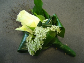 Corsage witte roos