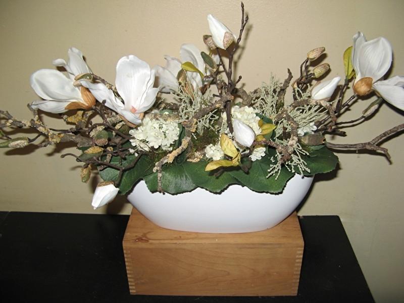 """Bloemstuk """"Magnolia"""" € 30,-"""