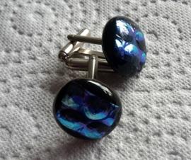 zwart met paars/blauw dichroide bubbel