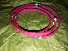 Cerise wrap around armband