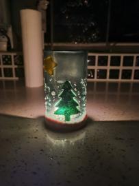Kerstboom met ster in de hemel