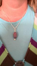 hanger met roze vuuragaat en zilver
