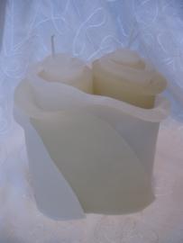 Huwelijkskaars Bloemenduo small/ wit en beige