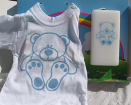Geboortekaars Beertje blauw & T-shirt in geschenkdoos