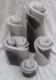 Bloemkaarsen wit/ grijs/ zwart diversen