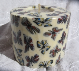 Vlinderkaars ecru Swazi Candle