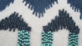 Kussen ibiza turquoise kraaltjes ruit 50x30