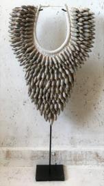 Schelpenketting Bali schelpen grijs large