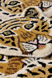 Cloudy tiger head rug