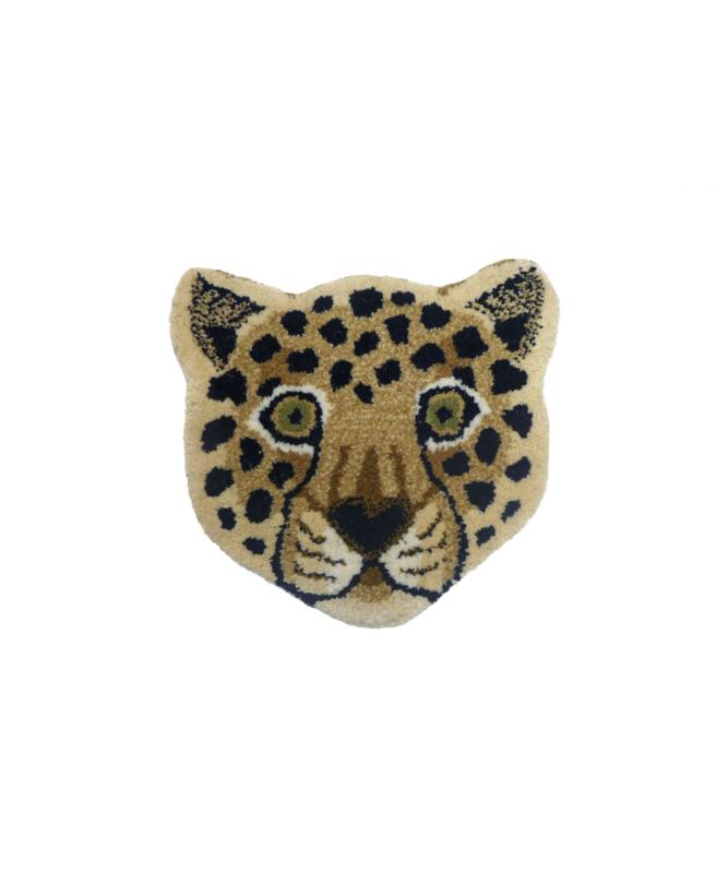 Loony Leopard head rug