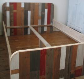 Bedombouw van sloophout 'La Belle Heleine' rood